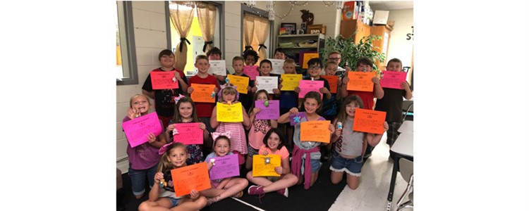 Summit third grade adopted a pet and promised to read to them.  Great job students!