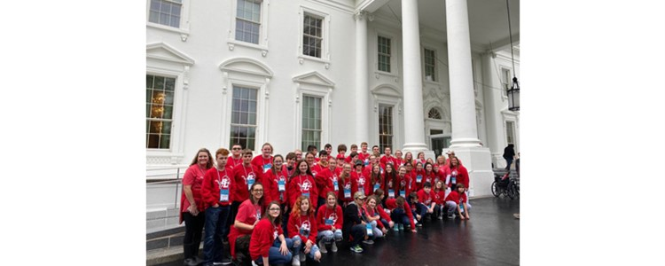 BCMS 8th Grade at the Whitehouse