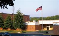 Front entrance photo of Boyd County Middle School.