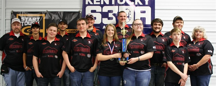 Boyd County High School's Scholastic 3-D Archery team won FIRST PLACE at state! Congratulations, team! Coaches are Mark Whitt (far left) and Kami Hemmann (far right).