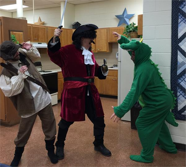 Capt. Hook fights with the Crocodile!
